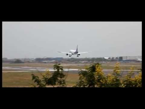 Indigo Airlines Airbus A320 Bumpy Landing At Airport In HD