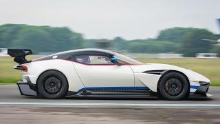 StigCam: Aston Martin Vulcan - Top Gear. Watch online.