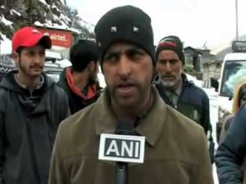 News Night: Fresh snowfall in Kashmir troubles North