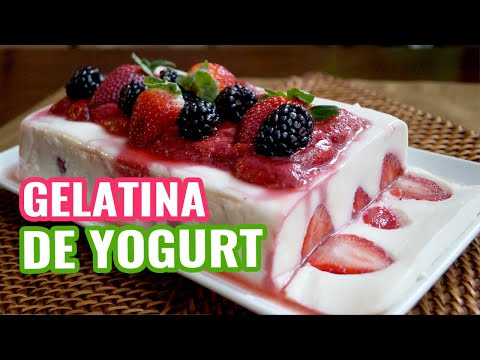 Gelatina de Yogurt con Salsa de Fresas♥Yogurt Jello with Strawberry Jelly ♥  Healthy Panna Cotta