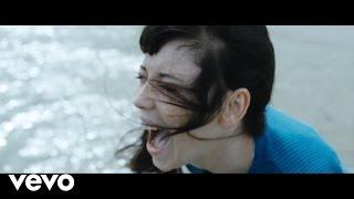Превью из музыкального клипа Daughter - How