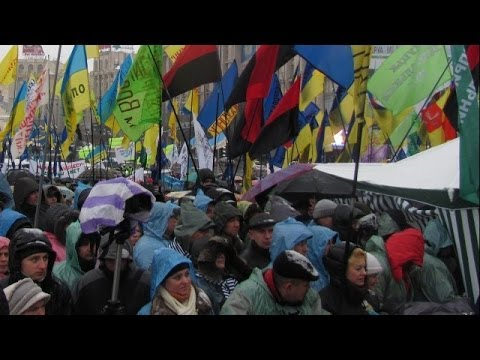 *LIVE* Ukraine: Protest at Maidan square