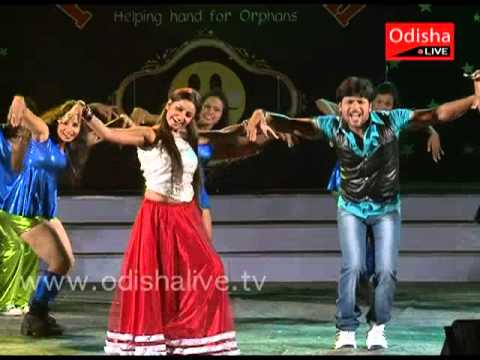 Chammak Challo - Papu Pom Pom Night