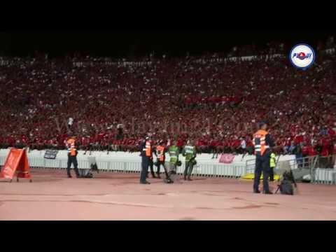جماهير الوداد تخلق الرعب في ملعب محمد الخامس خلال مباراة الأهلي