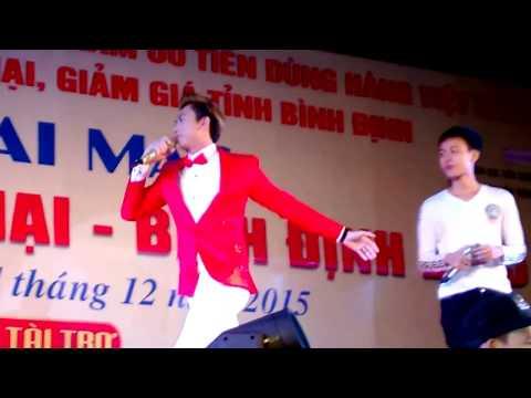 Hồ Việt Trung với Em là của anh | Nô Lệ Tình Yêu Remix | Giáng sinh có em in Quy Nhơn