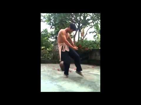 Lệ rơi đóng phim và múa võ túy quyền (Phụ nữ là số 1) NVC