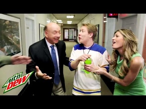 Last Diet Dew: ESPN &amp; Diet Dew, Erin Andrews,  Vitale, Mike Golic &amp; Mike Greenberg compete for the great taste of the last Diet Mountain Dew