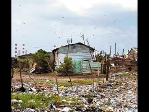 Mal manejo de basuras Barranquilla.wmv