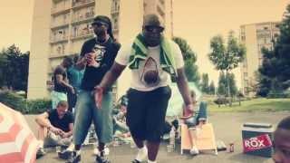 Aladoum Feat Brasco - La Tête Ailleurs