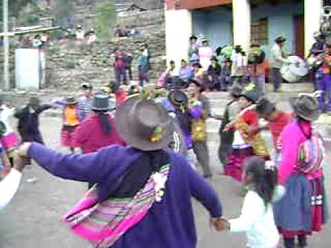 Chacolla - Yapuy 2008 fiesta tradicional - baile