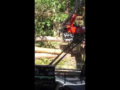 Komatsu 931.1 Wheeled Harvester w/Komatsu 365.1 dangle head