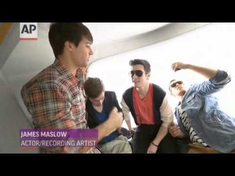 Big Time Rush Take to the Skies