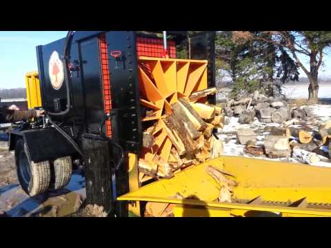 Huge Wood Splitter - 200 Ton