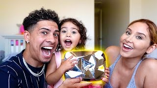 ELLE FOUND THE DIAMOND PLAY BUTTON!!! **OMG IT'S REAL**
