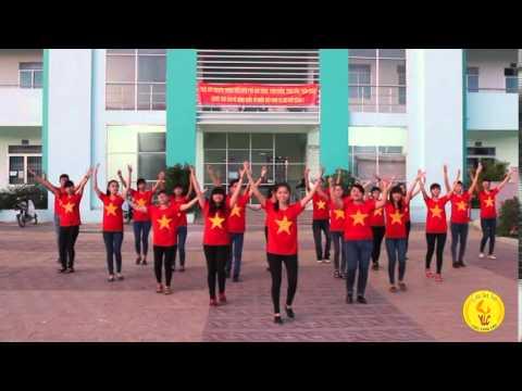 Đồng diễn dân vũ Việt Nam ơi - Tôi yêu Việt Nam - YLC - TDU