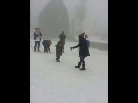 Hilarious Holiday Family Vacation in the Snow!!!! (My Mom's Contagious Laugh!!!)