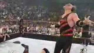 Kane Takes Off Mask