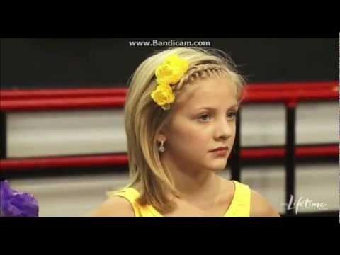Maddie Ziegler Singing