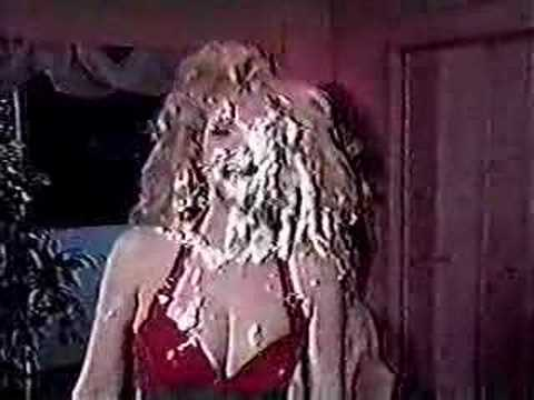 Rhonda Shear pied