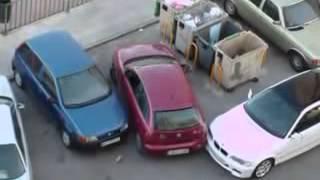Como salir de un aparcamiento