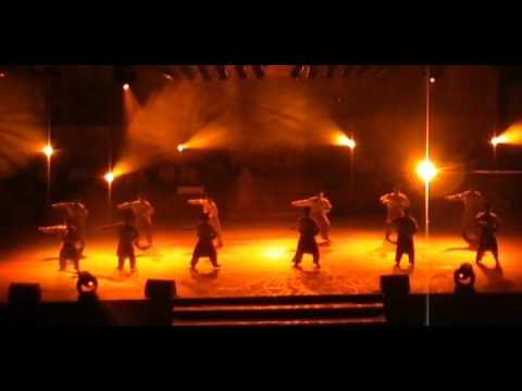 THE BEST MALAYSIAN FOLK DANCE LIFE PERFORMANCE EVER! (1)