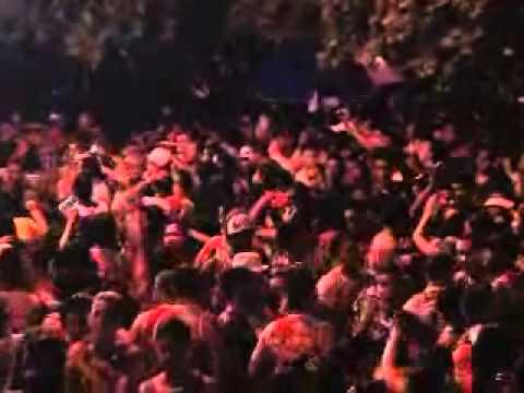 TV N ORTE 7ª Banda Mania de Toalha levanta foliões de Januária  03 3 14