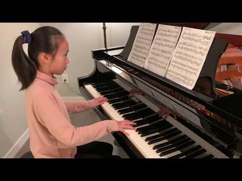 女儿钢琴弹奏:一生所爱(大话西游主题曲),顺带让她学点中文