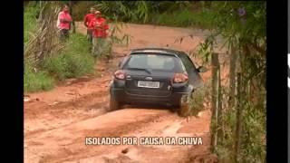 Chuva deixa bairro isolado em Juiz de Fora e moradores protestam