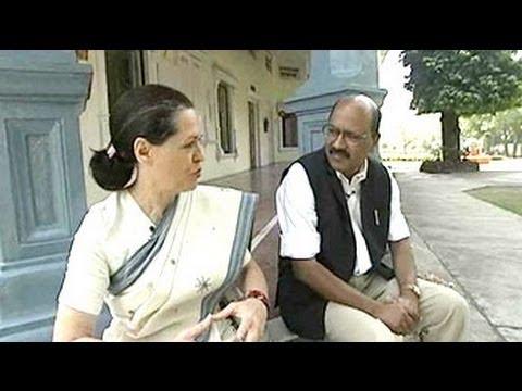 Walk The Talk: Sonia Gandhi (Aired: February 2004)