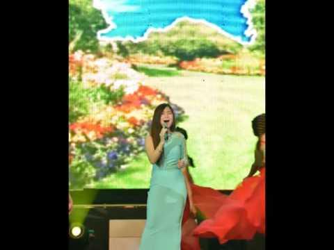 Quán quân The Voice của Việt Nam song ca với Quán quân The Voice của nước Anh