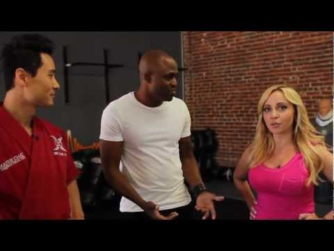 Injustice: Gods Among Us - Celebrity Experts -Tara Strong and Wayne Brady - Semi-Finals (HD)