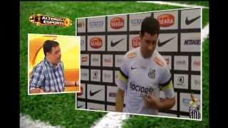 Mena se apresenta para fazer exames e assinar contrato de tr�s anos com o Cruzeiro