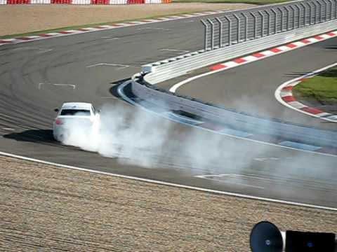 BMW Ring-Taxi M5 makes perfect drift