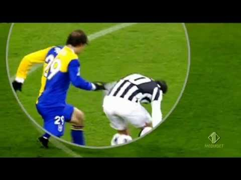 Juventus v Parma: manata di Tevez su Paletta
