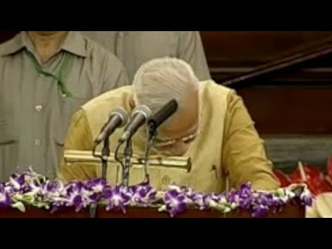Modi Cries @ NDA Meet - Modi Emotional Speech