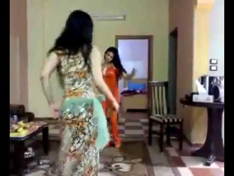 رقص عراقي قوي. iraqi woman dancing