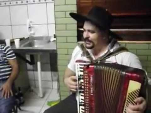 Gaucho Pachola gaitaços na festa do Diego Eisenhardt !