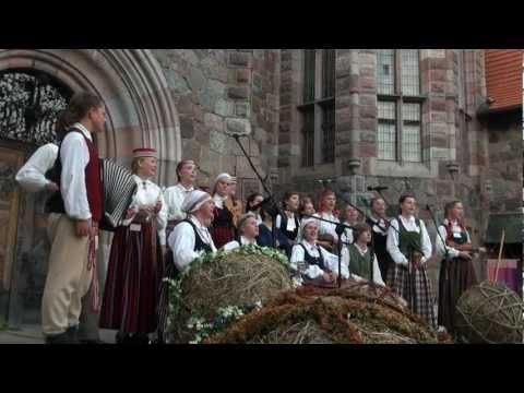 Festivāla BALTIKA 2012 koncerts Cesvaines pils pagalmā 8.o7.2012 - 00655.MTS