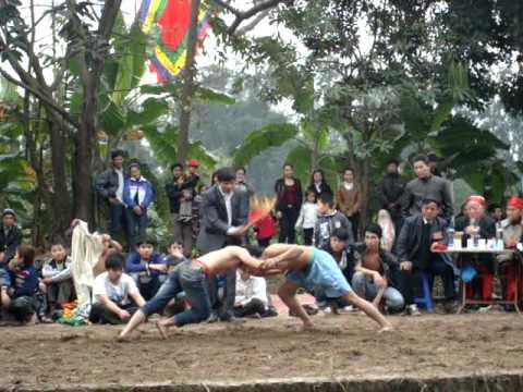 Đấu vật Hội Triều Khúc Xuân Tân Mão 2011 :)