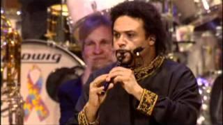 Yanni -  La fin de son concert live 2006.mpg