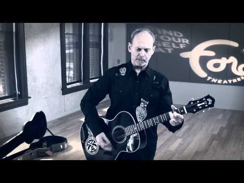 Exclusive Video Wayne Kramer performing