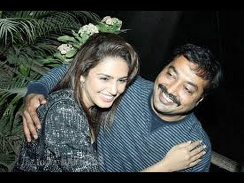 Huma Qureshi & Anurag Kashyap Cuddle up at the screening of