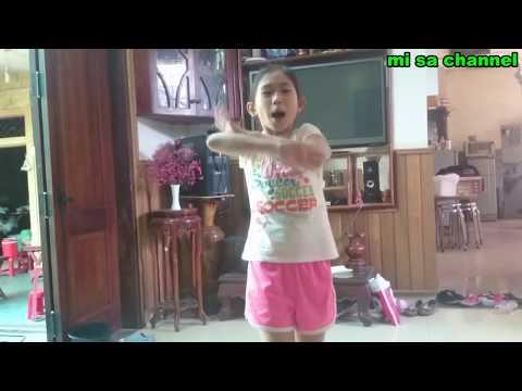 Bé Hướng Dẫn Những Động Tác Nhảy Đơn Giản Dành Cho Trẻ Em