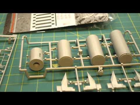 Dragon 1/72 Redstone with Mercury Spacecraft model kit review