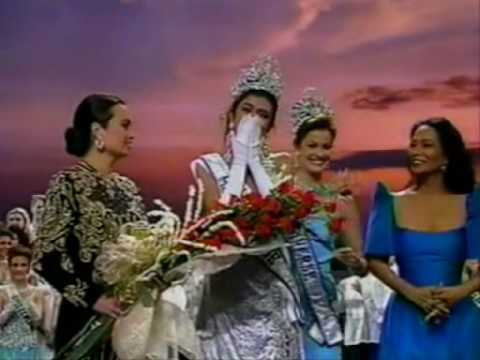 miss universe crowning moment game