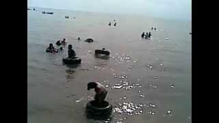 fikri gendut terapung di Pantai melayu batam view on youtube.com tube online.