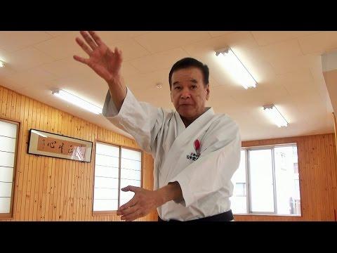 The secret of Karate Master Ueki Shihan, 75 years old. 植木政明師範(75歳)達人の秘密