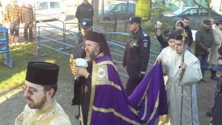 Tecuci - PS Casian inceputul slujbei de sfintire