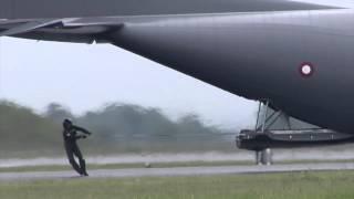 Den stærkeste mand i det danske forsvar og hans C-130 ;-)