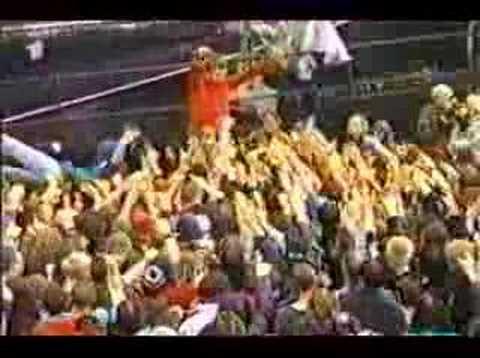 Streaming Deftones - Lotion live Bizarre Festival 1998 Movie online wach this movies online Deftones - Lotion live Bizarre Festival 1998